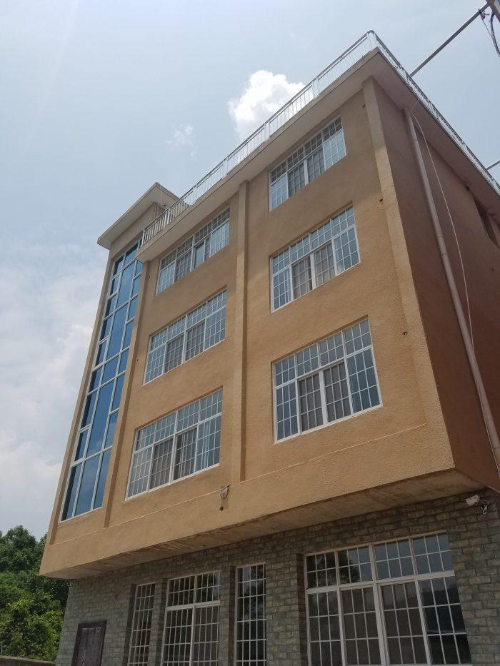rinpoche's residence samtengar
