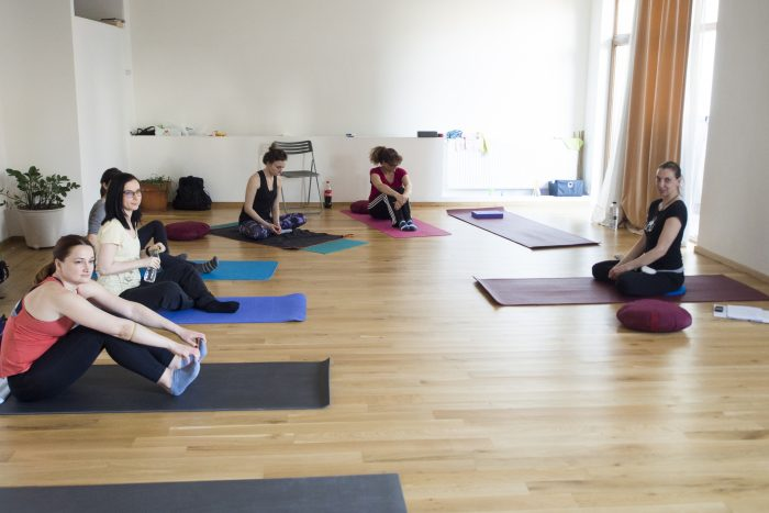 yantra yoga beginners course bucharest
