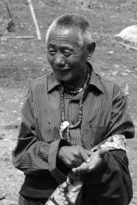 Viaggio tra i giovani nomadi tibetani