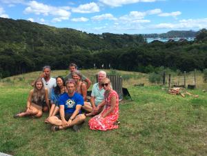 Ritiro di Santi Maha Sangha, Livello della Base, sull&#8217;isola di Waiheke, <br>a Yandakling, Nuova Zelanda