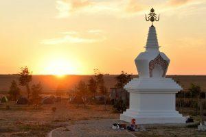 Raccolta fondi per il completamento dello Stupa e l'ingrandimento <br>del campeggio