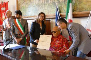 Il Maestro Namkhai Norbu ha ricevuto l'onoreficienza di Commendatore
